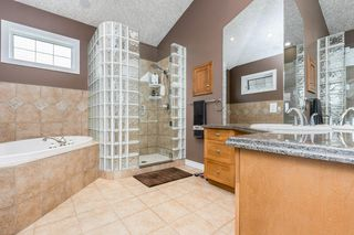 Photo 15: 9529 100A Street in Edmonton: Zone 12 House for sale : MLS®# E4213024