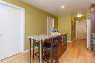 Photo 8: 504 373 Tyee Rd in : VW Victoria West Condo Apartment for sale (Victoria West)  : MLS®# 855121