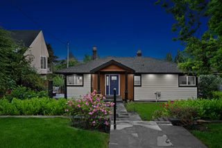 Photo 33: 1550 KINGS Avenue in West Vancouver: Ambleside House for sale : MLS®# R2501875