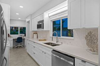 Photo 11: 1550 KINGS Avenue in West Vancouver: Ambleside House for sale : MLS®# R2501875