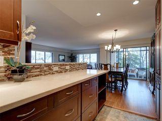 Main Photo: 403 2910 COOK St in : Vi Mayfair Condo for sale (Victoria)  : MLS®# 861601