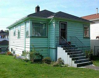 Photo 5: 2592 VENABLES Street in HASTINGS SUNRISE: Home for sale : MLS®# V533530