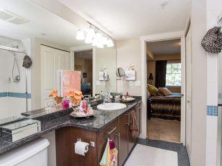 """Photo 18: 310 19320 65 Avenue in Surrey: Clayton Condo for sale in """"esprit"""" (Cloverdale)  : MLS®# R2401302"""