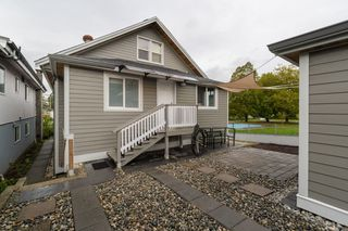 Photo 11: 4206 BEATRICE Street in Vancouver: Victoria VE House for sale (Vancouver East)  : MLS®# R2412555