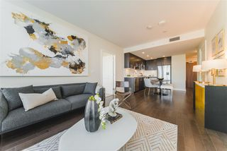 "Main Photo: 305 1708 ONTARIO Street in Vancouver: False Creek Condo for sale in ""PINNACLE ON THE PARK"" (Vancouver West)  : MLS®# R2420627"