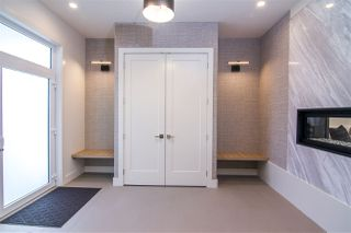 Photo 12: 2040 90 Street in Edmonton: Zone 53 House for sale : MLS®# E4186070