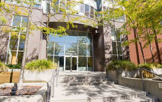 """Photo 4: 1603 63 KEEFER Place in Vancouver: Downtown VW Condo for sale in """"Europa"""" (Vancouver West)  : MLS®# R2434415"""