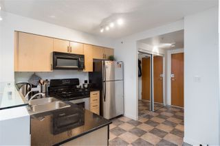 """Photo 8: 1603 63 KEEFER Place in Vancouver: Downtown VW Condo for sale in """"Europa"""" (Vancouver West)  : MLS®# R2434415"""