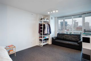 """Photo 5: 1603 63 KEEFER Place in Vancouver: Downtown VW Condo for sale in """"Europa"""" (Vancouver West)  : MLS®# R2434415"""