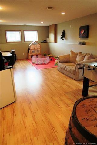 Photo 9: 6813 40 Avenue Close: Camrose House for sale : MLS®# E4196392