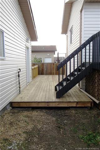 Photo 11: 6813 40 Avenue Close: Camrose House for sale : MLS®# E4196392
