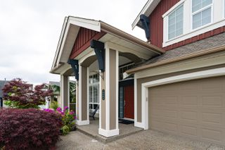 Photo 2: 16484 60A Avenue in Surrey: Cloverdale BC House for sale (Cloverdale)  : MLS®# R2456556