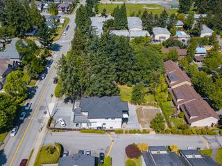 Photo 32: 9316 122 Street in Surrey: Queen Mary Park Surrey House for sale : MLS®# R2475045