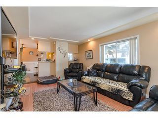 Photo 3: 9316 122 Street in Surrey: Queen Mary Park Surrey House for sale : MLS®# R2475045