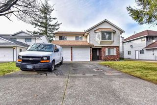 Photo 19: 5943 135 Street in Surrey: Panorama Ridge House for sale : MLS®# R2475490