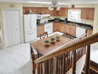 Photo 11: 655 COUNTRY CLUB Drive in London: South P Residential for sale (South)  : MLS®# 40021878