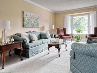 Photo 7: 655 COUNTRY CLUB Drive in London: South P Residential for sale (South)  : MLS®# 40021878