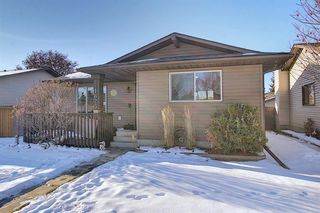 Photo 1: 1823 Summerfield Boulevard SE: Airdrie Detached for sale : MLS®# A1051150