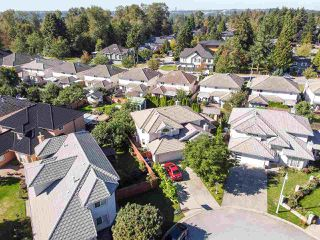Photo 27: 15036 90A Avenue in Surrey: Bear Creek Green Timbers House for sale : MLS®# R2523458