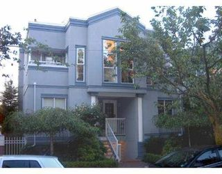 "Photo 1: 11 877 W 7TH AV in Vancouver: Fairview VW Townhouse for sale in ""EMERALD COURT"" (Vancouver West)  : MLS®# V601474"