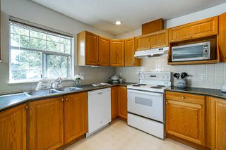 """Photo 18: 155 20391 96 Avenue in Langley: Walnut Grove Townhouse for sale in """"CHELSEA GREEN"""" : MLS®# R2387882"""
