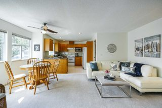 """Photo 15: 155 20391 96 Avenue in Langley: Walnut Grove Townhouse for sale in """"CHELSEA GREEN"""" : MLS®# R2387882"""