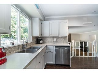 Photo 8: 26587 28A AVENUE in Langley: Aldergrove Langley House for sale : MLS®# R2389841