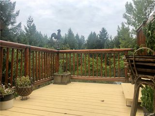 Photo 10: 214 Ashley Place in VICTORIA: La Florence Lake Single Family Detached for sale (Langford)  : MLS®# 414808
