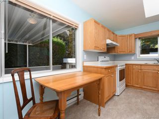 Photo 9: 5070 Catalina Terrace in VICTORIA: SE Cordova Bay Single Family Detached for sale (Saanich East)  : MLS®# 414943