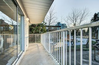 "Photo 23: 202 12206 224 Street in Maple Ridge: East Central Condo for sale in ""COTTONWOOD"" : MLS®# R2422789"