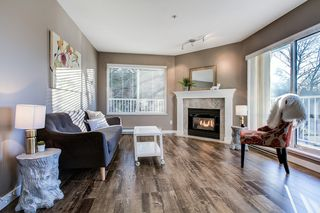 "Photo 2: 202 12206 224 Street in Maple Ridge: East Central Condo for sale in ""COTTONWOOD"" : MLS®# R2422789"
