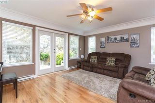 Photo 2: 133 Gibraltar Bay Drive in VICTORIA: VR Six Mile Single Family Detached for sale (View Royal)  : MLS®# 419979