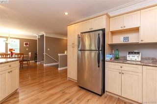 Photo 8: 133 Gibraltar Bay Drive in VICTORIA: VR Six Mile Single Family Detached for sale (View Royal)  : MLS®# 419979