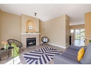 """Photo 4: 36 18707 65 Avenue in Surrey: Cloverdale BC Townhouse for sale in """"LEGENDS"""" (Cloverdale)  : MLS®# R2447874"""