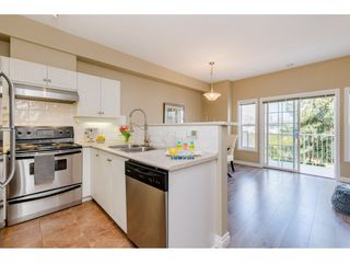 """Photo 6: 36 18707 65 Avenue in Surrey: Cloverdale BC Townhouse for sale in """"LEGENDS"""" (Cloverdale)  : MLS®# R2447874"""