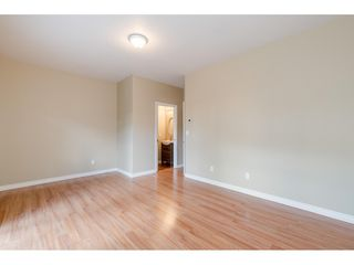 """Photo 16: 36 18707 65 Avenue in Surrey: Cloverdale BC Townhouse for sale in """"LEGENDS"""" (Cloverdale)  : MLS®# R2447874"""