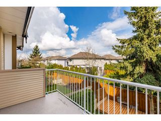 """Photo 9: 36 18707 65 Avenue in Surrey: Cloverdale BC Townhouse for sale in """"LEGENDS"""" (Cloverdale)  : MLS®# R2447874"""