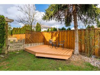 """Photo 18: 36 18707 65 Avenue in Surrey: Cloverdale BC Townhouse for sale in """"LEGENDS"""" (Cloverdale)  : MLS®# R2447874"""