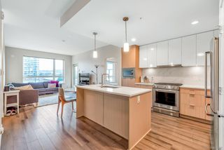 """Photo 3: 310 2188 MADISON Avenue in Burnaby: Brentwood Park Condo for sale in """"Madison & Dawson"""" (Burnaby North)  : MLS®# R2447969"""