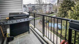 "Photo 11: 501 6480 195A Street in Surrey: Clayton Condo for sale in ""SALIX"" (Cloverdale)  : MLS®# R2448079"