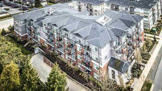 "Photo 2: 501 6480 195A Street in Surrey: Clayton Condo for sale in ""SALIX"" (Cloverdale)  : MLS®# R2448079"