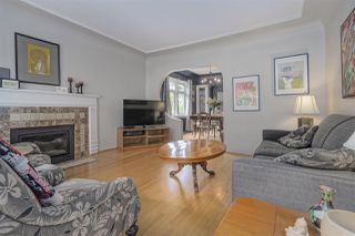 Photo 2: 427 KELLY STREET in New Westminster: Sapperton House for sale : MLS®# R2458288