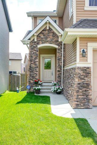 Photo 3: 15 ASPEN HILLS Manor SW in Calgary: Aspen Woods Detached for sale : MLS®# A1018842