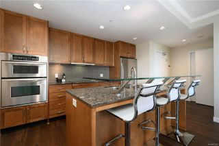 Photo 7: 604 788 Humboldt St in : Vi Downtown Condo for sale (Victoria)  : MLS®# 851357