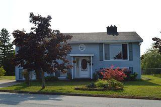 Photo 1: 23 Hillside Court in Lower Sackville: 25-Sackville Residential for sale (Halifax-Dartmouth)  : MLS®# 202020040