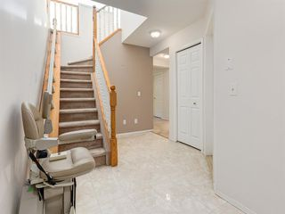 Photo 6: 112 Valley Ridge Heights NW in Calgary: Valley Ridge Row/Townhouse for sale : MLS®# A1045679