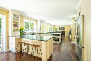 Photo 11: 4794 Amblewood Dr in : SE Broadmead House for sale (Saanich East)  : MLS®# 860189