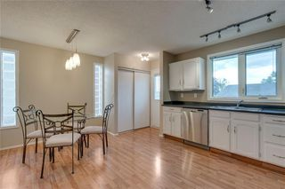 Photo 8: 6807 24 Avenue NE in Calgary: Pineridge Detached for sale : MLS®# C4258740