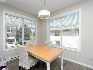 Photo 4: 11 3356 Whittier Avenue in VICTORIA: SW Rudd Park Row/Townhouse for sale (Saanich West)  : MLS®# 413819
