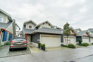 """Main Photo: 17 20498 82 Avenue in Langley: Willoughby Heights Townhouse for sale in """"Gabriola Park"""" : MLS®# R2406578"""